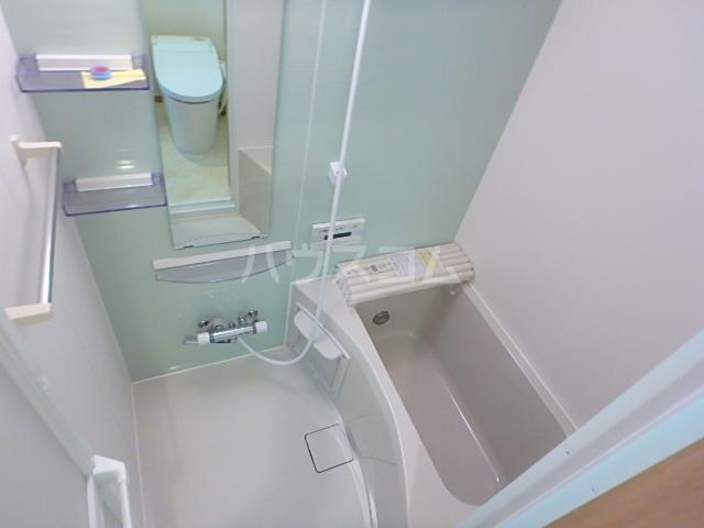 セレブラーレ西船橋 103号室の風呂