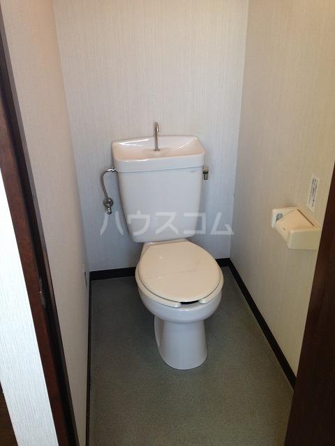 サラ デ カサ 303号室のトイレ
