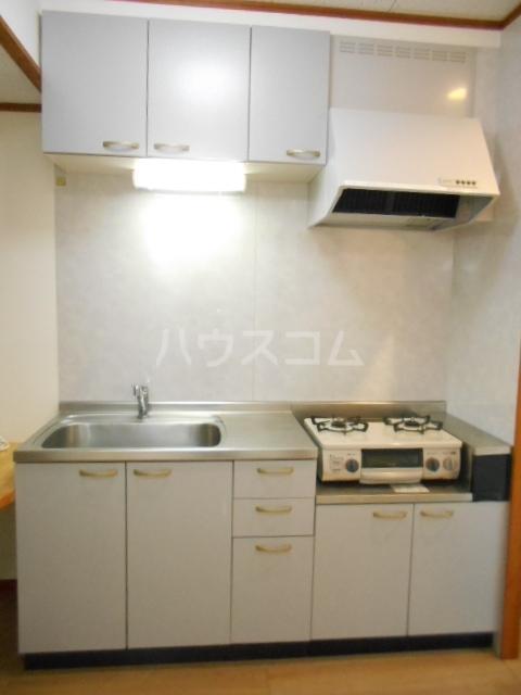 プランドール東町 102号室のキッチン