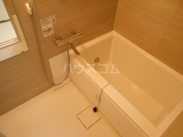 プランドール東町 102号室の風呂