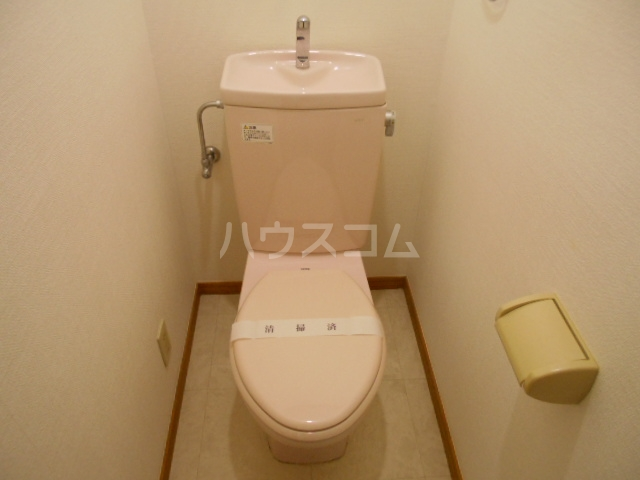 プランドール東町 102号室のトイレ