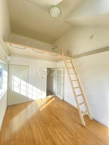 レオパレス江戸川台第14 201号室の居室