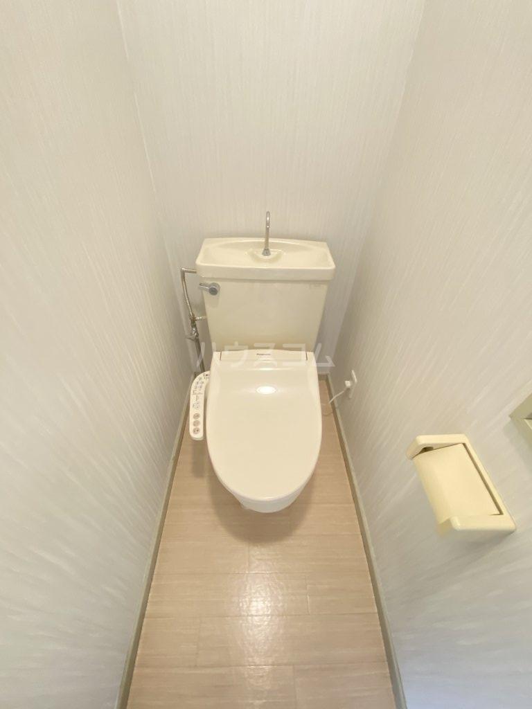 レオパレス江戸川台第14 201号室のトイレ