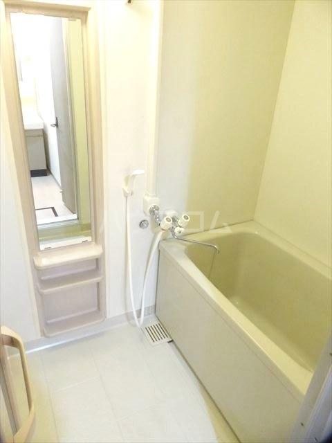 M.Sマンション 201号室の風呂