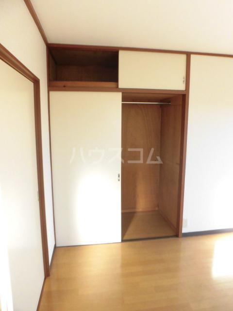 クリハラコーポ 305号室のベッドルーム