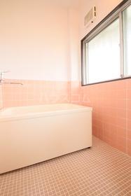 ローズマンション 303号室の風呂