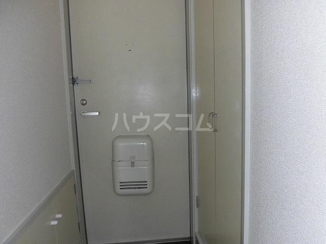 アドバンス共和 101号室の玄関
