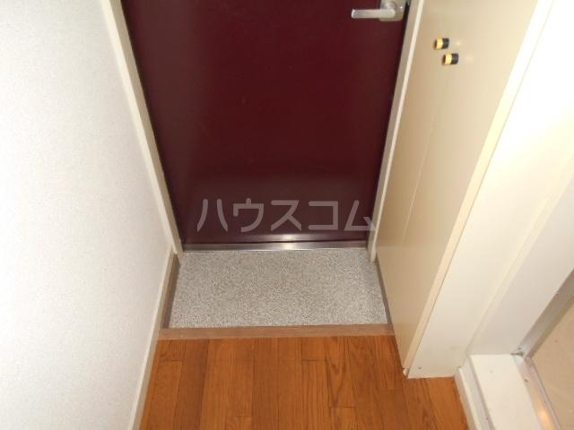 アーク鴨宮 202号室の玄関