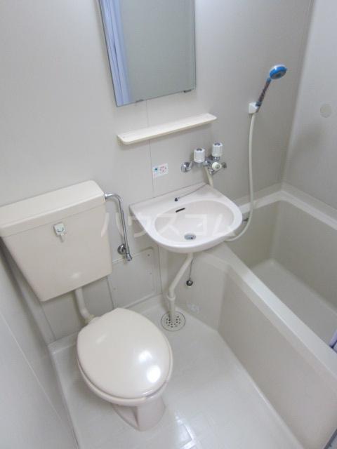 オラシオンT 211号室の風呂