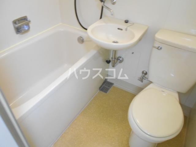 サンハイム湯河原 502号室の風呂