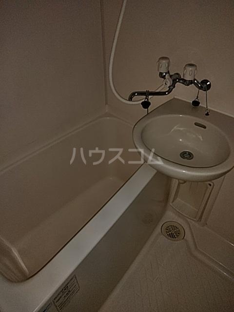 サンヒルズ川岸 307号室の風呂