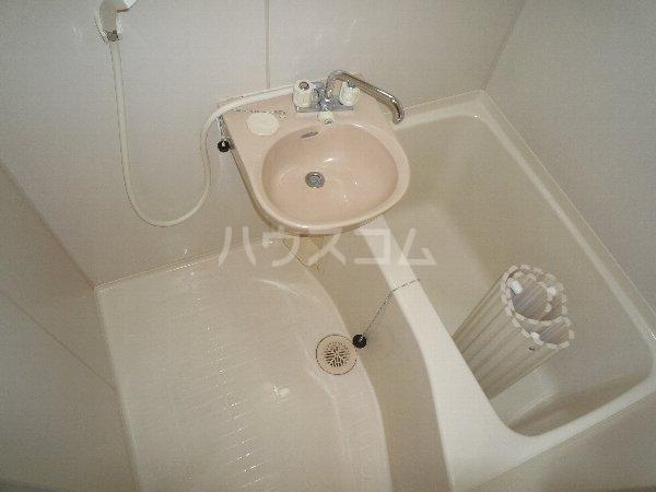 エステートピア相川 101号室の風呂