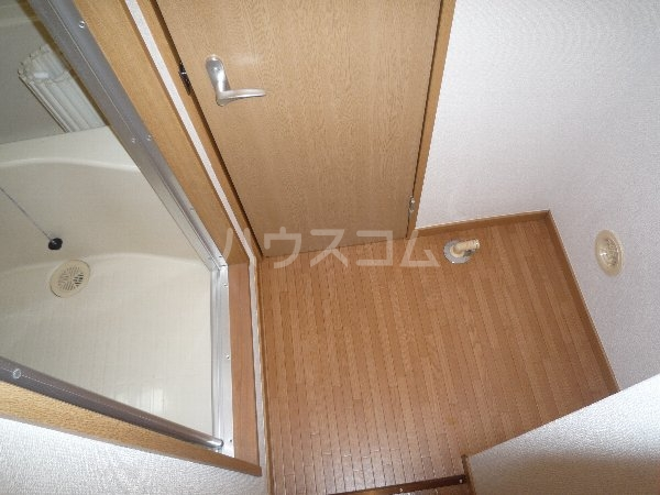 エステートピア相川 101号室の玄関
