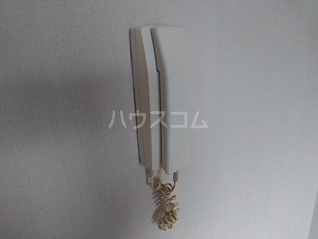 第五稲荷荘 203号室のバルコニー