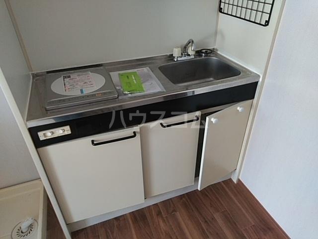 第五稲荷荘 203号室のキッチン