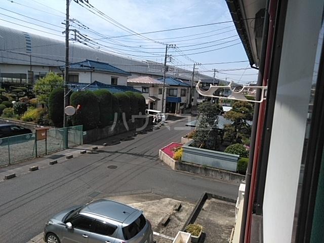 第五稲荷荘 203号室の玄関
