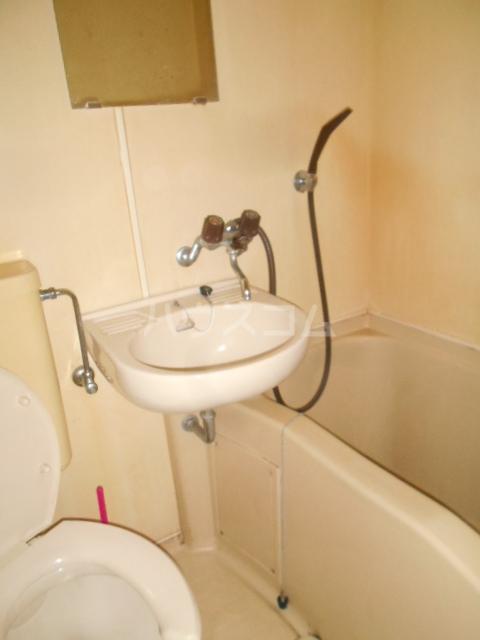 長秀ビル 202号室の風呂