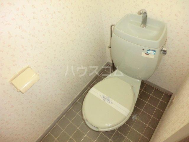 ハティセナン 101号室のトイレ