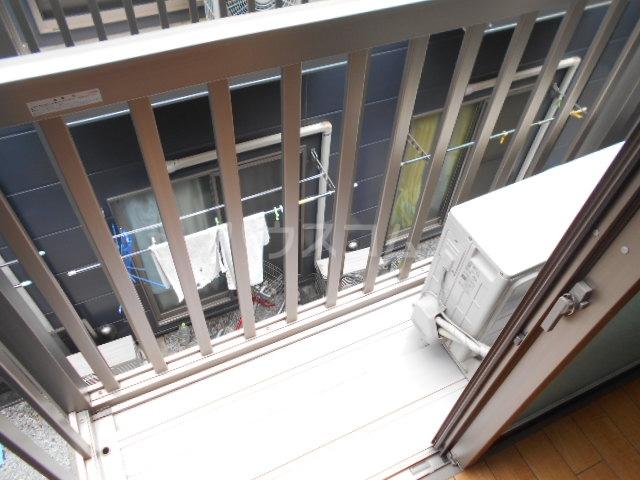 フローラ4 424号室のバルコニー