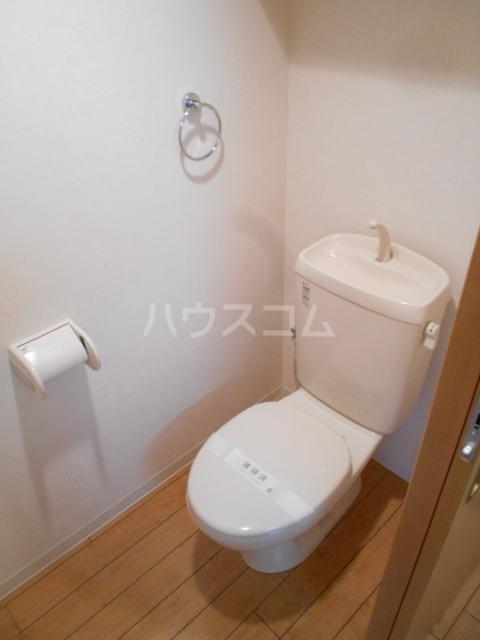 フローラ4 424号室のトイレ