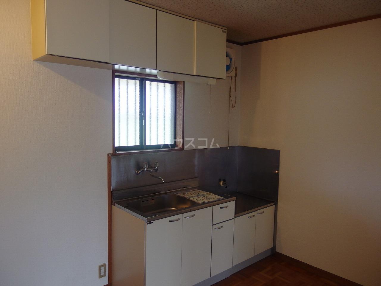 トゥリルハイツ 205号室のキッチン