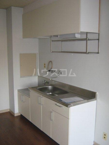 柏原農住団地S棟 3D号室のキッチン