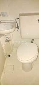 ユニバーサル守山口 201号室の風呂