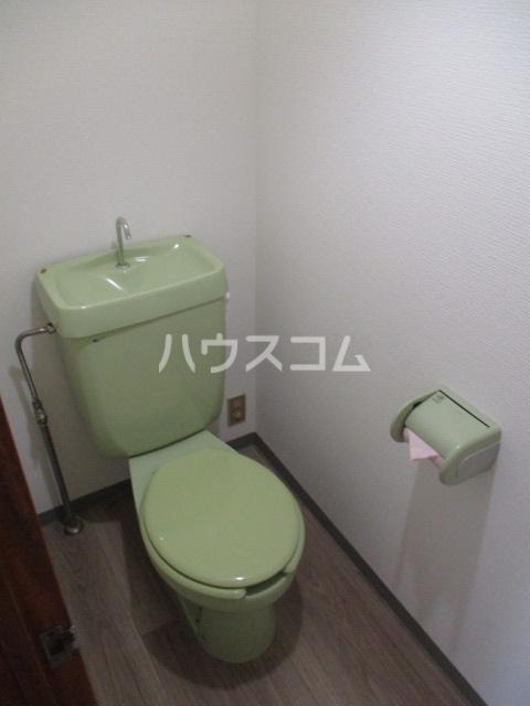 サンシャイン鳥居松 401号室のトイレ