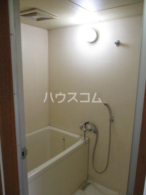 サンシャイン鳥居松 401号室の風呂