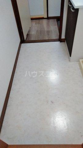 第3カーサ円正 3B号室の洗面所
