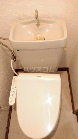 第3カーサ円正 3B号室のトイレ