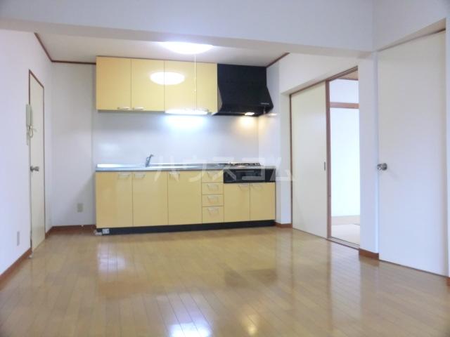 木下マンション 301号室のキッチン