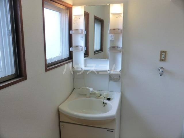 木下マンション 301号室の洗面所