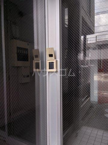 ハーモニアス高蔵寺 703号室のロビー