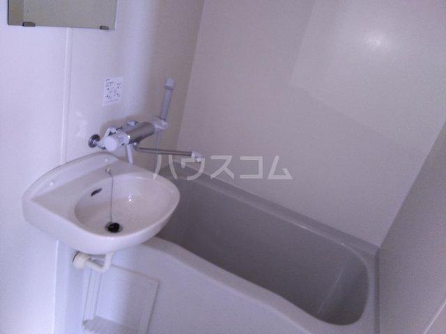 ハーモニアス高蔵寺 703号室の風呂