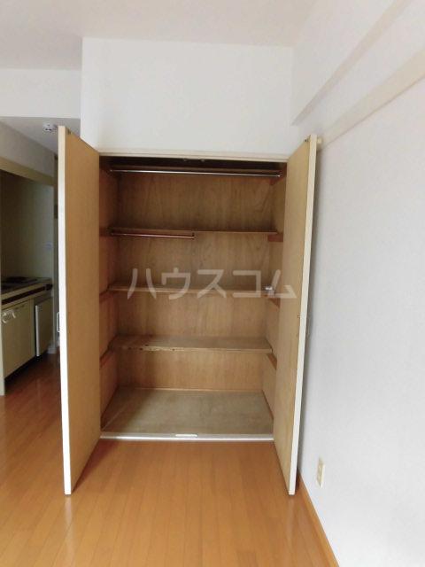 メゾンドールミタカ 211号室の収納