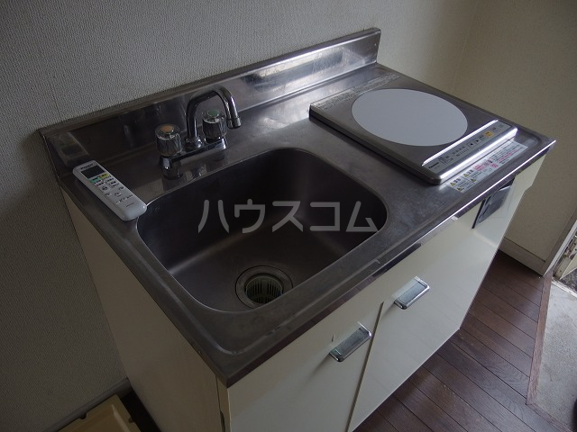 コーポ青木第2 201号室のキッチン