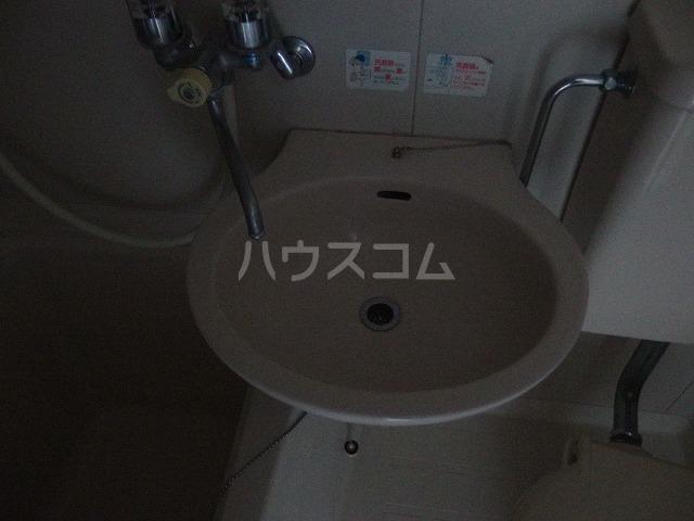 コーポ青木第2 201号室の洗面所