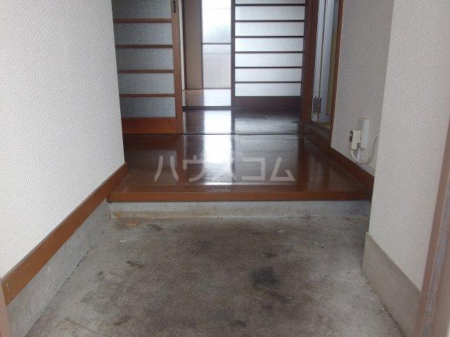 ハマダビル 3-5号室の玄関