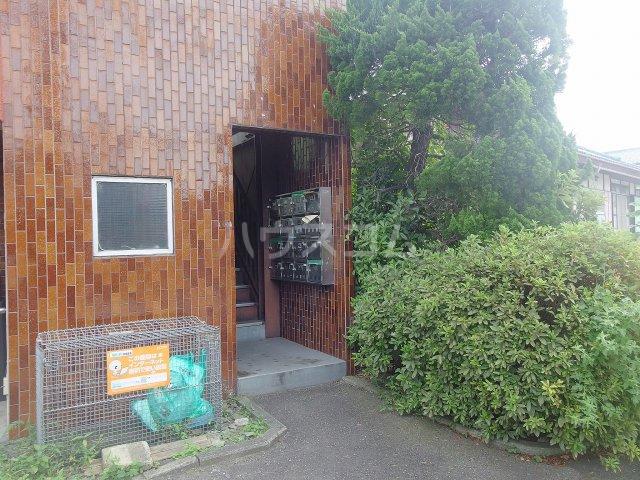 ハマダビル 3-5号室の居室