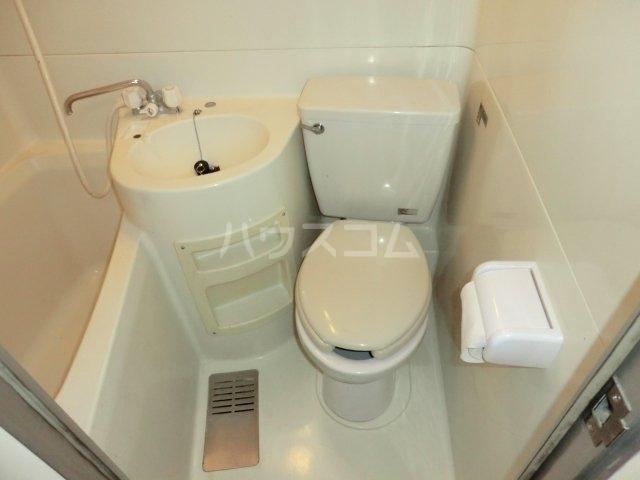 ハーベストコート 101号室のトイレ