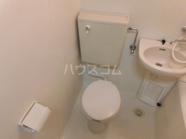 横川田口ビル 206号室のトイレ