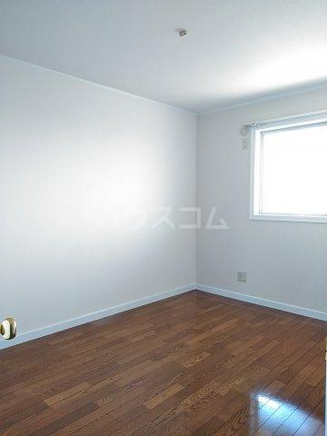 サンリバー 1C号室の居室