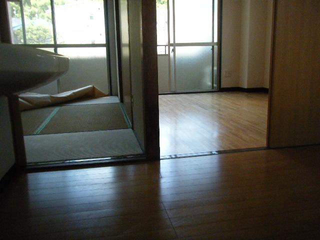坂下マンション 301号室のキッチン