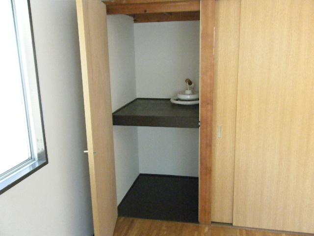 坂下マンション 301号室の収納
