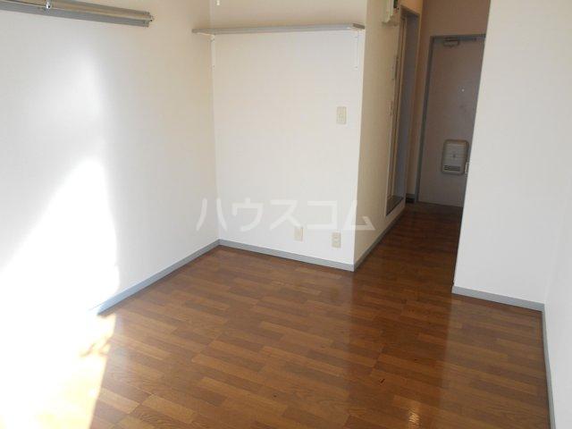 ユウパレス南橋本 202号室の居室