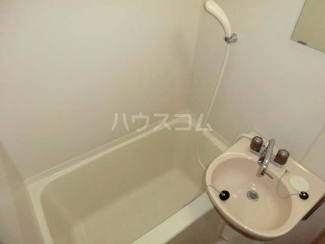 コーポリカⅢ 103号室の風呂