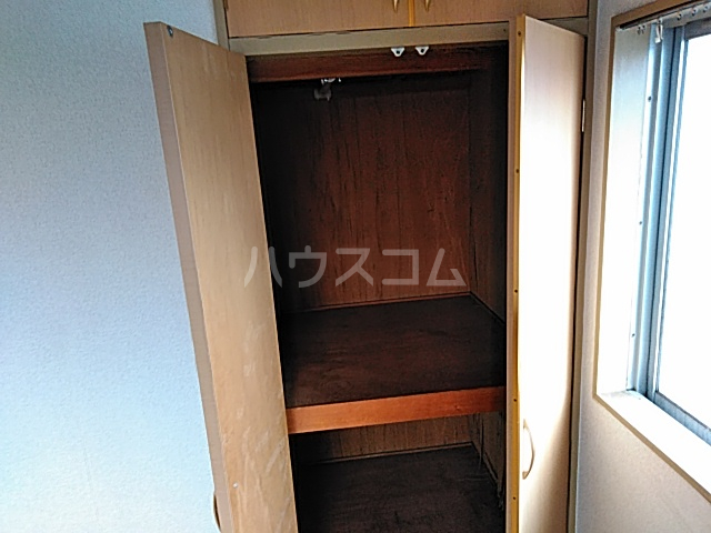 サンハイツしのぎ 201号室の収納