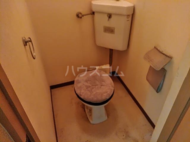 サンハイツしのぎ 201号室のトイレ