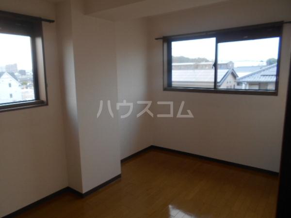 グレースハイツ岩崎 1FD号室のベッドルーム